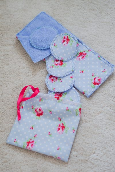 DIY-Zero-Waste-Toweling-Reusable-Make-Up-Remover-Pads-and-Hand-Towels-with-a-Matching-Drawstring-Bag